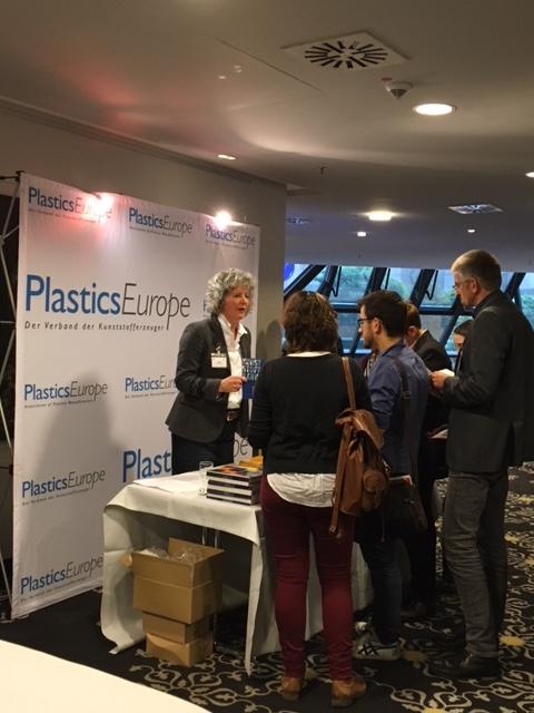 Lehrerkongress VCI NRW Düsseldorf mit PlasticsEurope-Stand