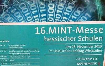 MINT-Experimente im Wiesbadener Landtag